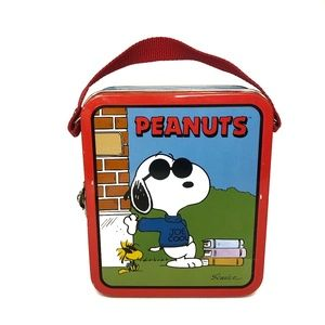Vintage 1999 Snoopy Joe Cool Peanuts Tin Lunchbox